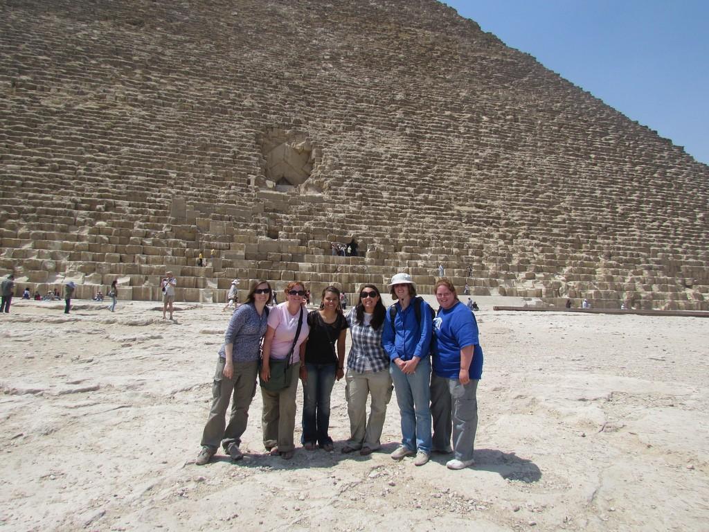abydos 2011 team at giza